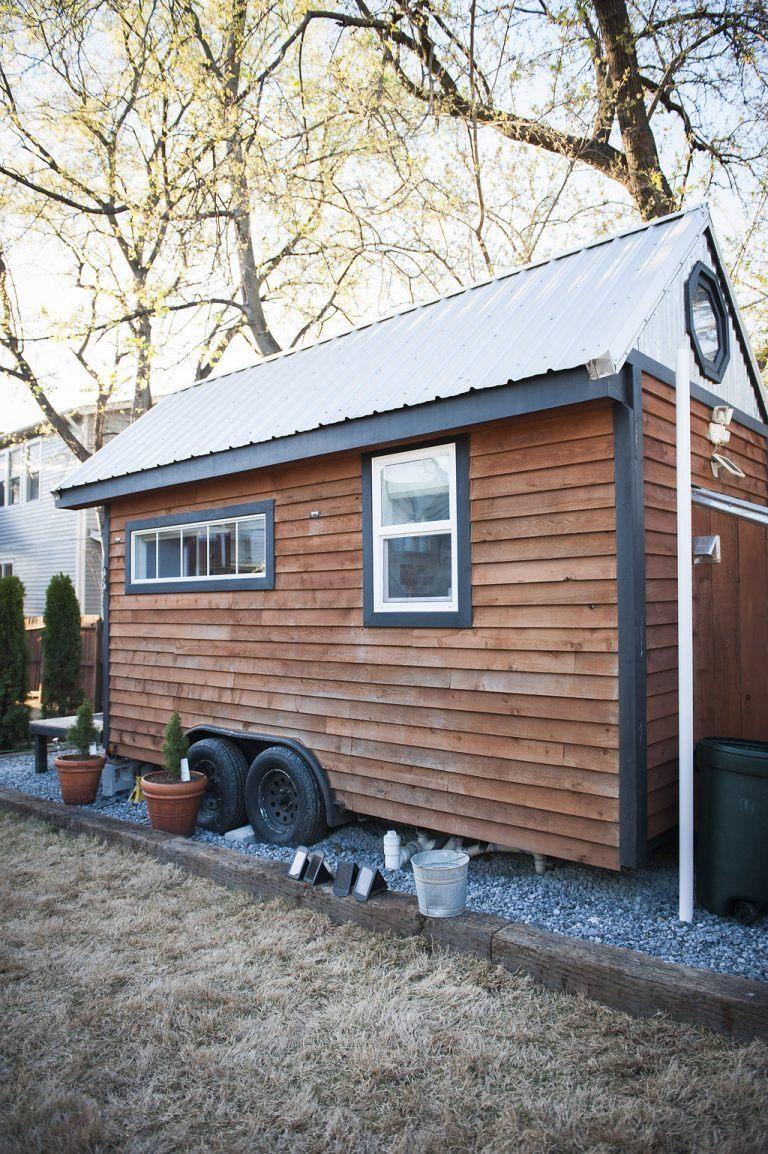mendys-shoebox-tiny-house.jpg