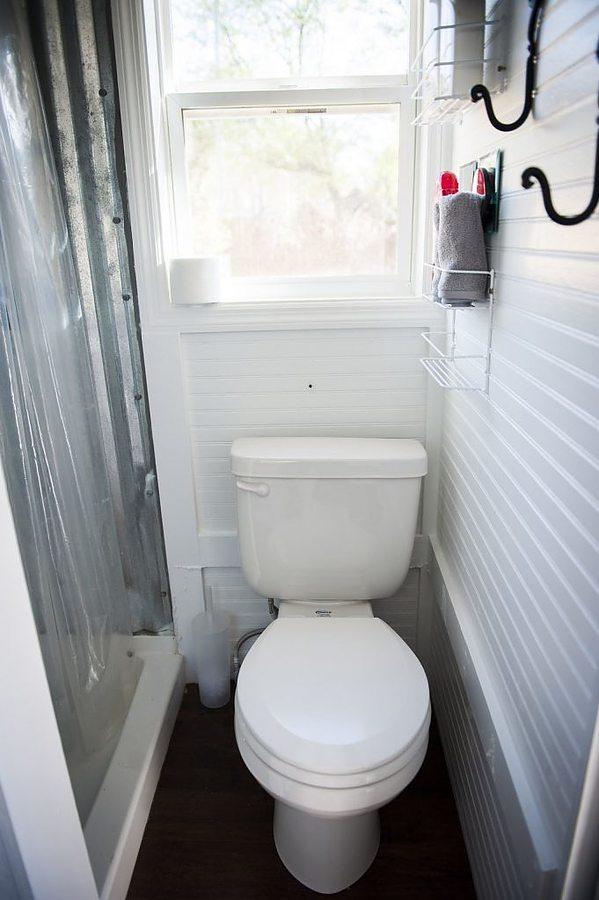 mendys-shoebox-tiny-house-2.jpg