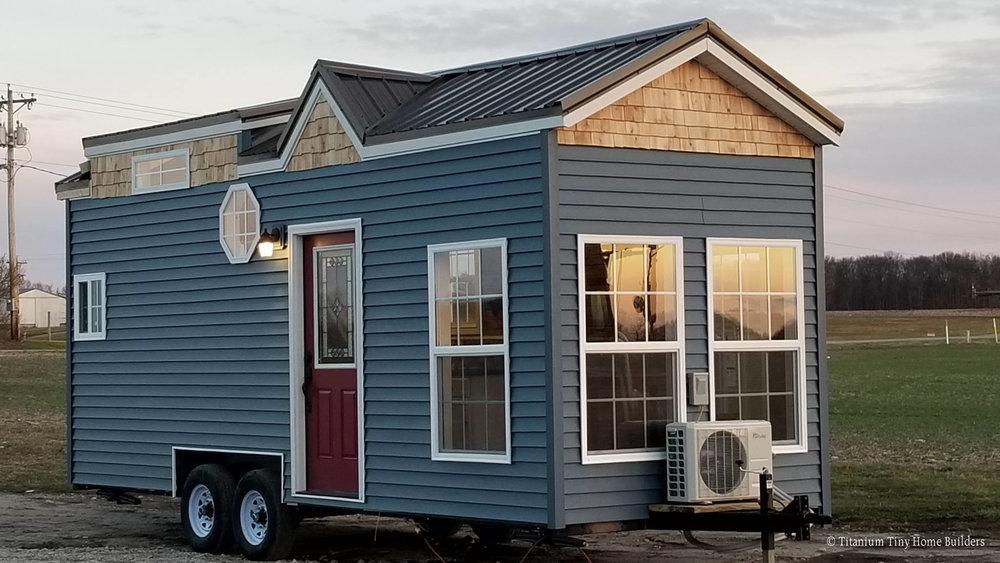 islander-titanium-tiny-homes-2.jpg