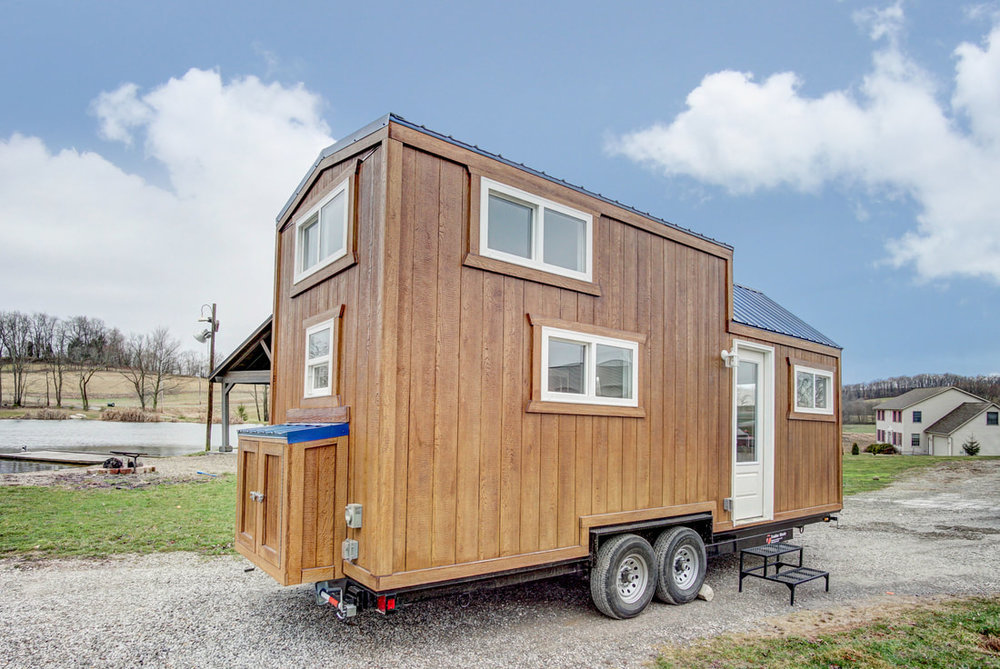 lodge-modern-tiny-living-3.jpg