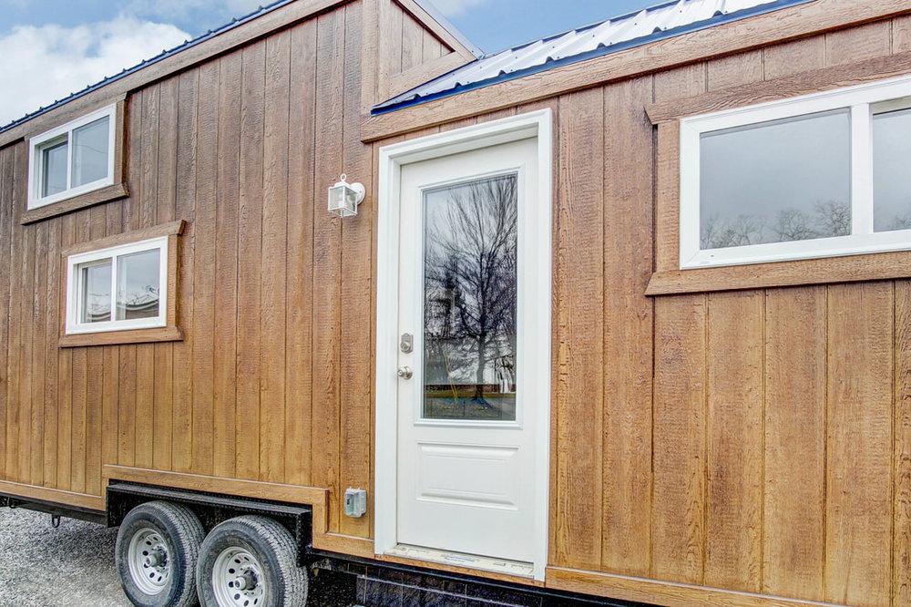 lodge-modern-tiny-living-4.jpg