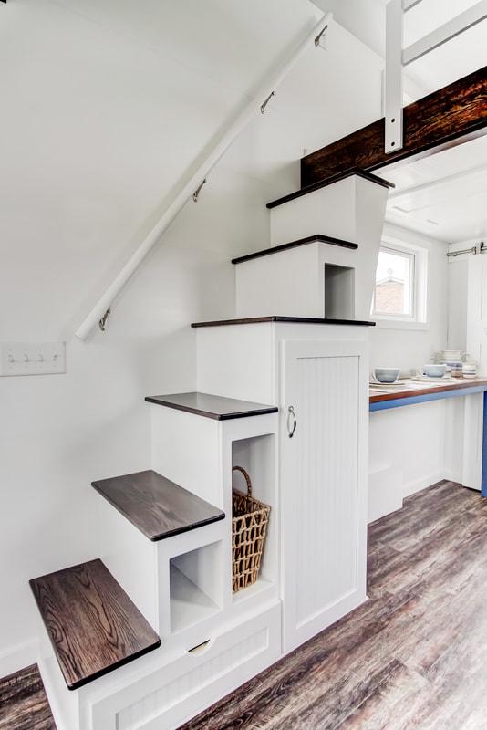 lodge-modern-tiny-living-10.jpg