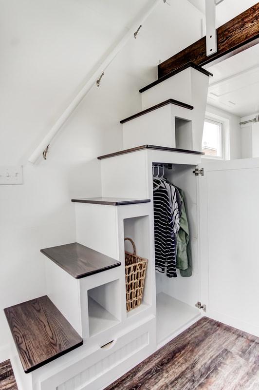 lodge-modern-tiny-living-11.jpg