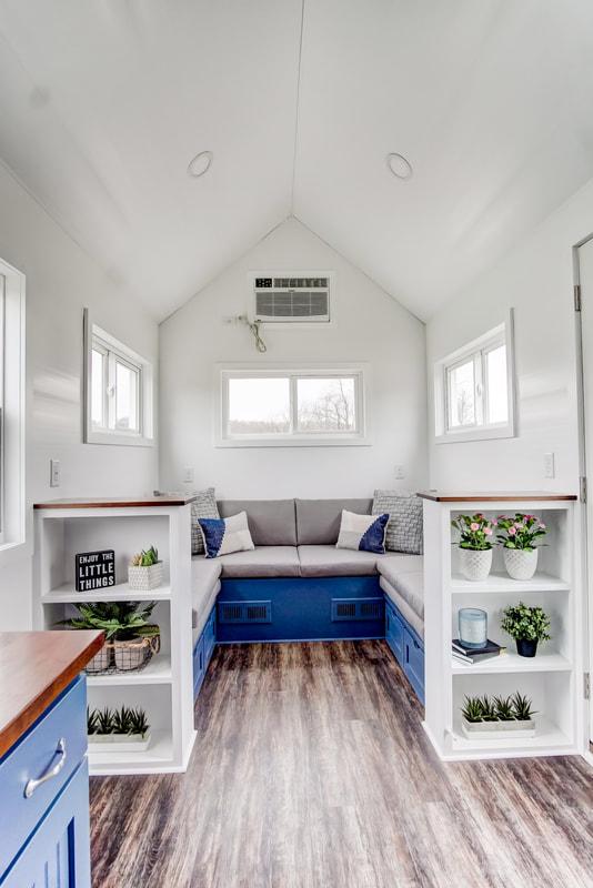 lodge-modern-tiny-living-24.jpg