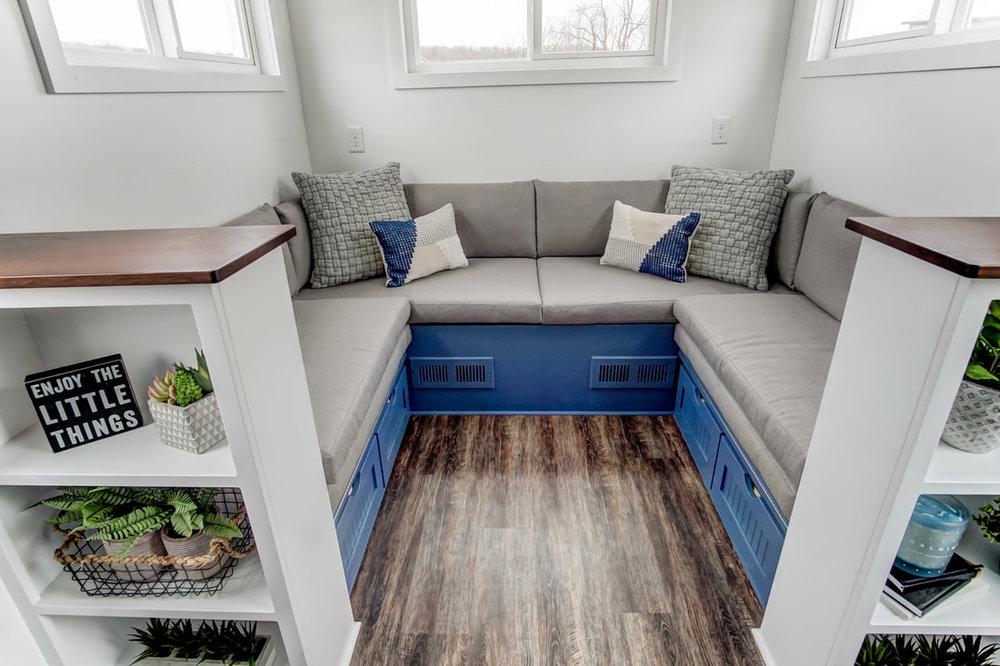lodge-modern-tiny-living-25.jpg