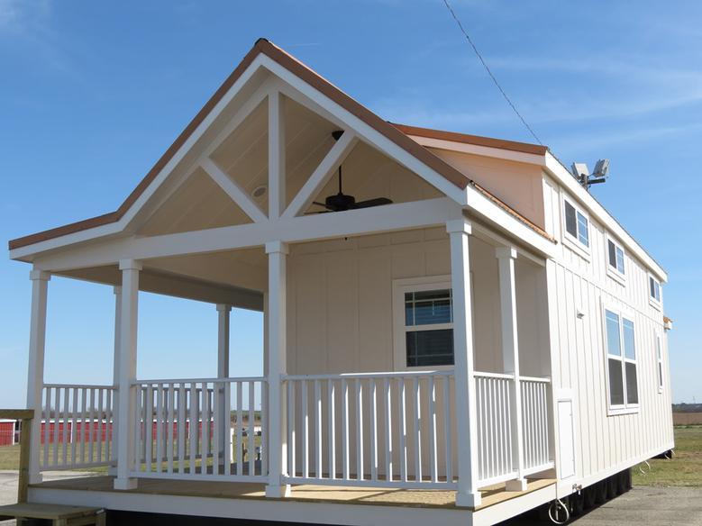 Meadowview Park Model Home 3.jpg
