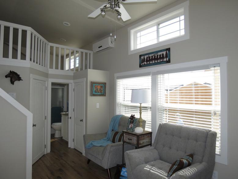 Meadowview Park Model Home 8.jpg