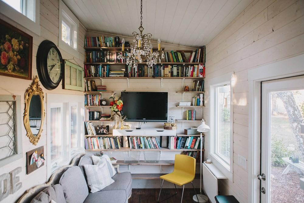 Scandinavian Style Tiny Home 4.jpg