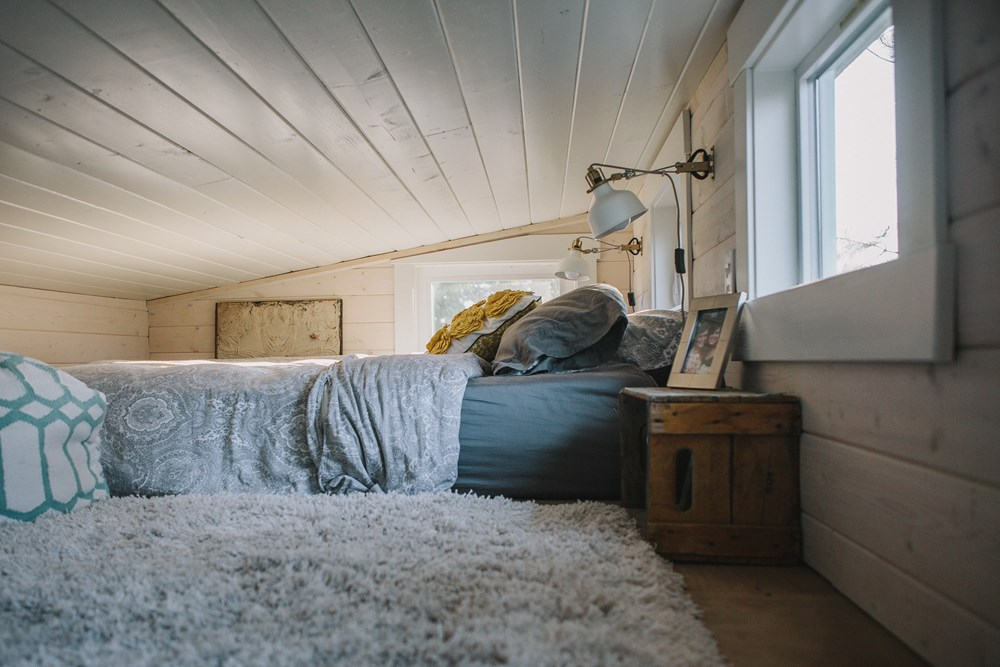 Scandinavian Style Tiny Home 10.jpg