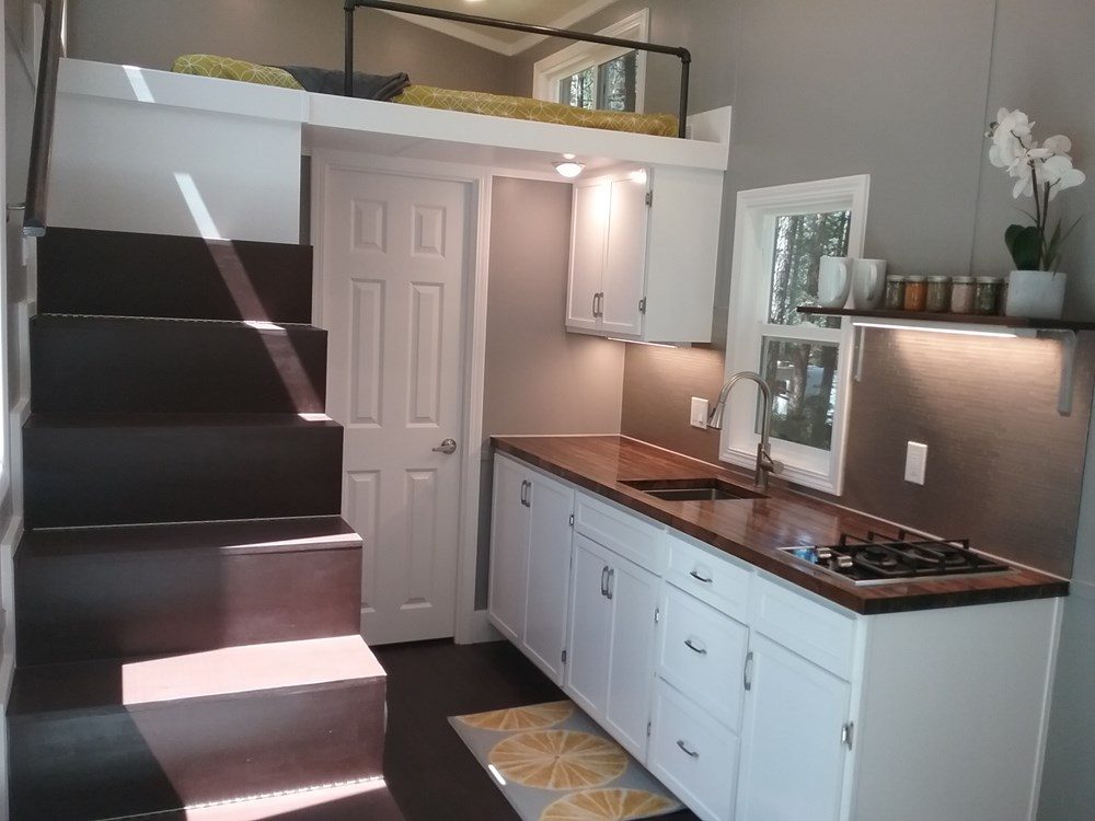 Handcrafted Modern Tiny Home 4.jpg