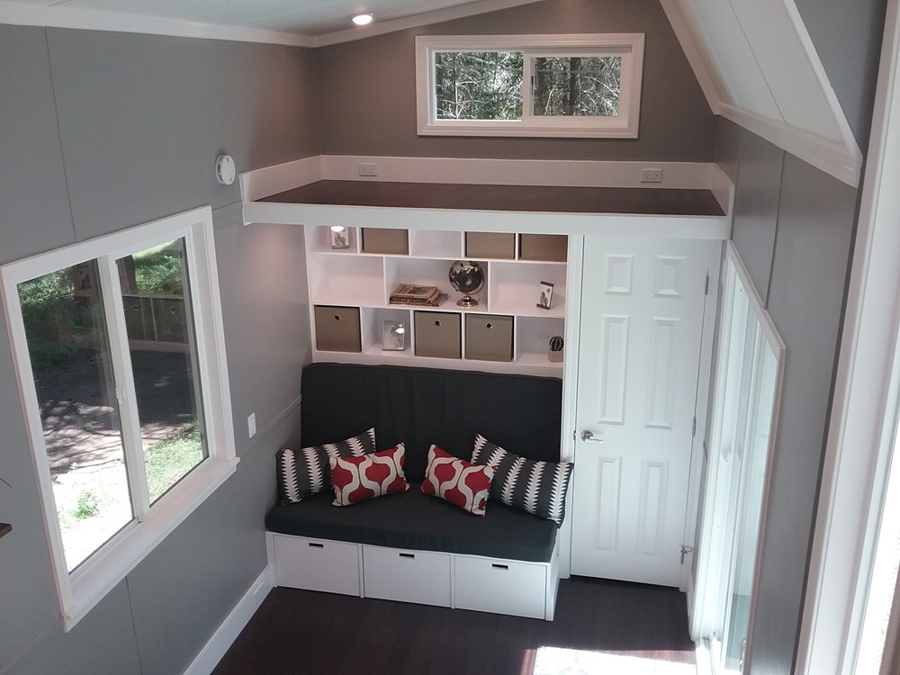 Handcrafted Modern Tiny Home 5.jpg