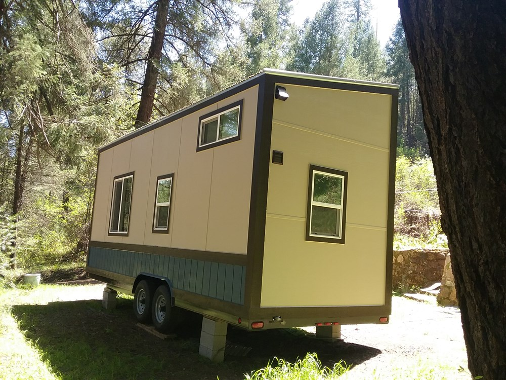Handcrafted Modern Tiny Home 16.jpg