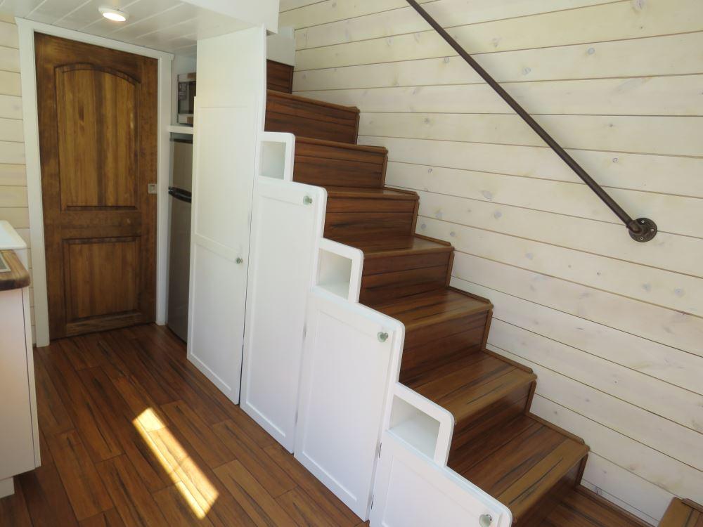 Roomy Retreat - Sierra Tiny Homes 4.jpg