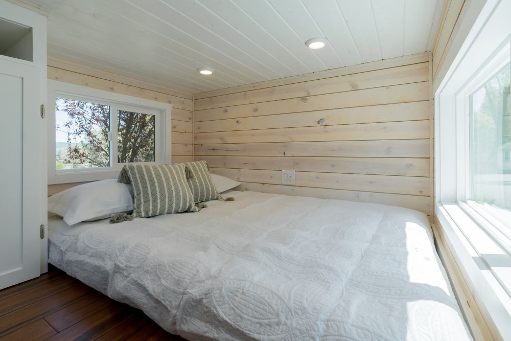 Roomy Retreat - Sierra Tiny Homes 7.jpg