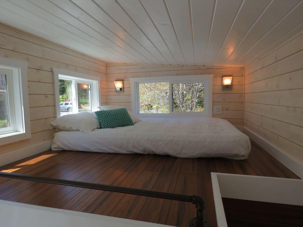 Roomy Retreat - Sierra Tiny Homes 8.jpg