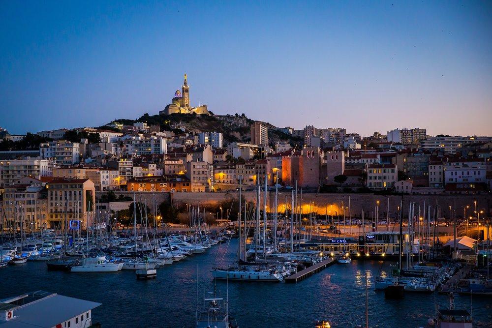 5eme Jour: Explorez Marseille - En vélo électrique et bateau jusqu'au Chateau d'If.