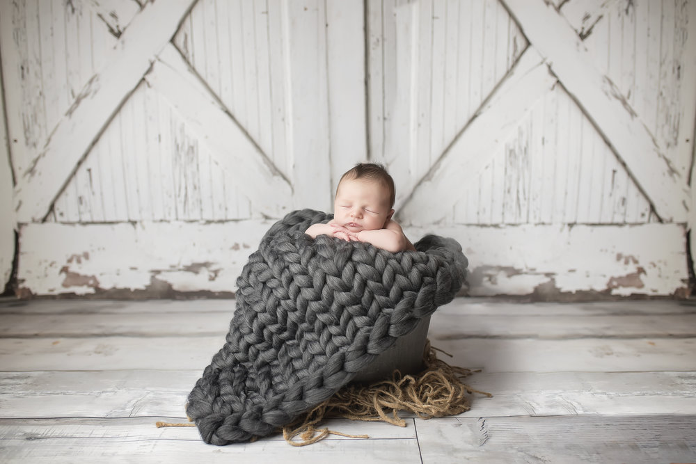 Everett's Newborn Photos