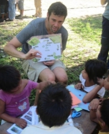 From teaching local children, working in the organic gardens, helping with trail maintenance, volunteering in the town of Puerto Maldonado, starting your own unique project, and more.