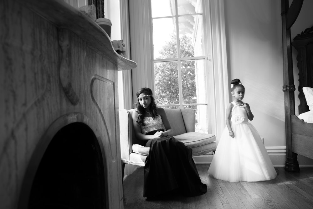 best-luxurious-high-end-wedding-photography-louisville-ky-fancy-boudoir-female-african-american-photographer-annesdale-mansion