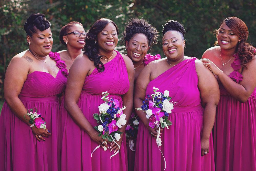 best-luxurious-high-end-wedding-photography-louisville-ky-fancy-boudoir-female-african-american-photographer-curvy-bridesmaids