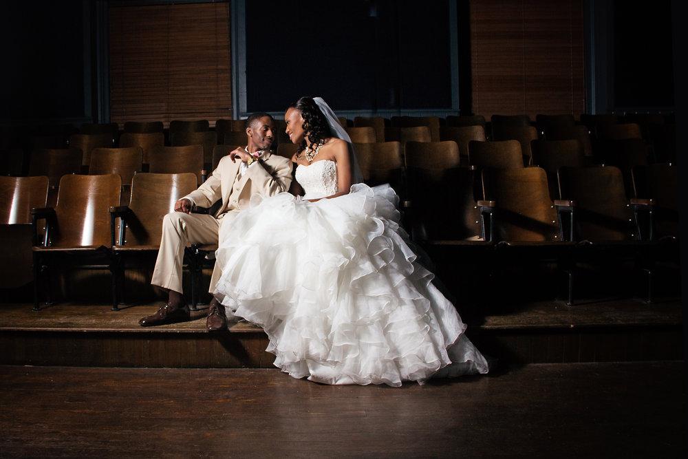 best-luxurious-high-end-wedding-photography-louisville-ky-fancy-boudoir-female-african-american-photographer