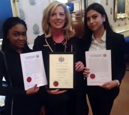 Apprentices Wunmi Adeyemi and Farah Khan with their Apprentice Master, Liveryman Amanda McCloskey, following their inrolement.