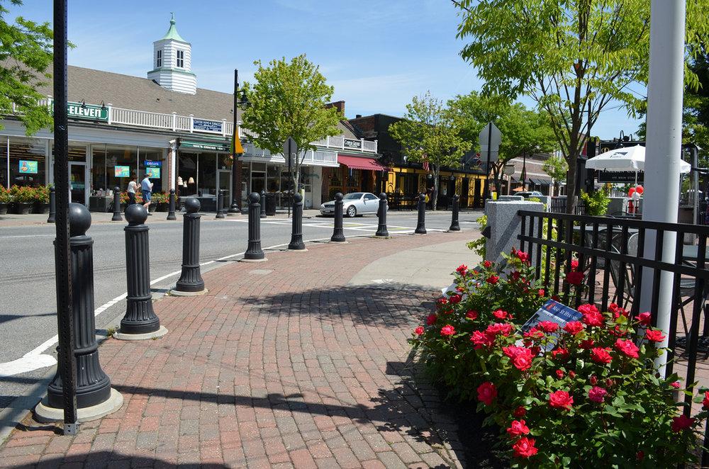 Hyannis Main street