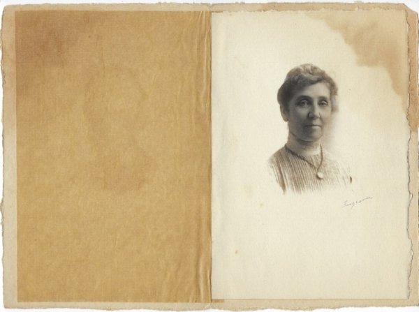 Mary Lochhead was married to Colonel Oscar Lochhead. The Lochheads lived on Oak Street and also on West Second Street.