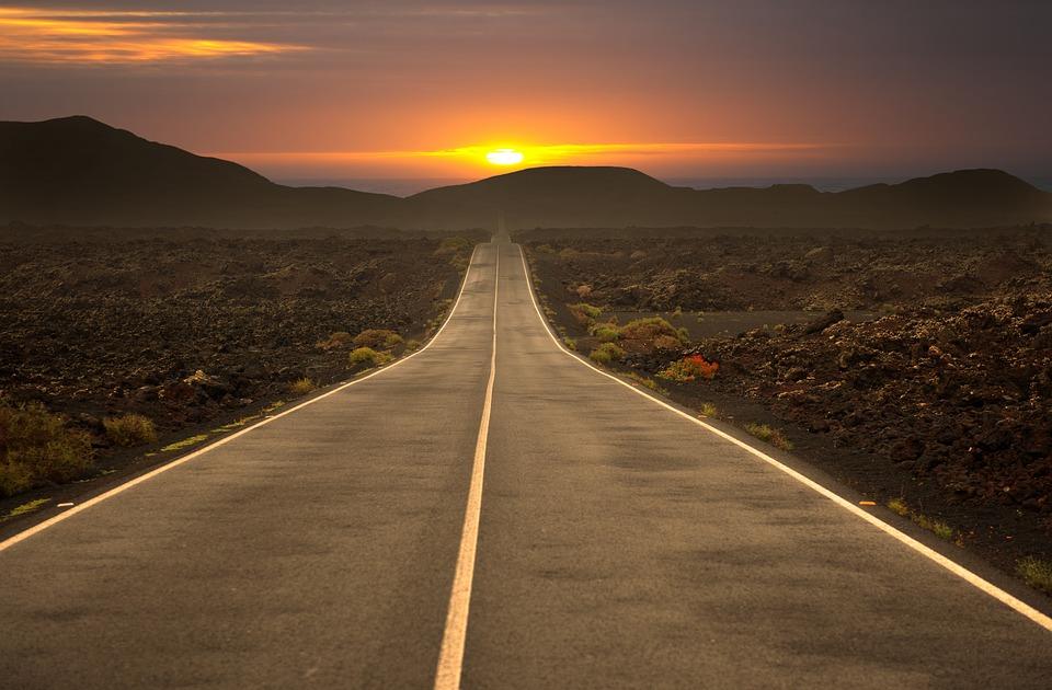 road-3186188_960_720.jpg