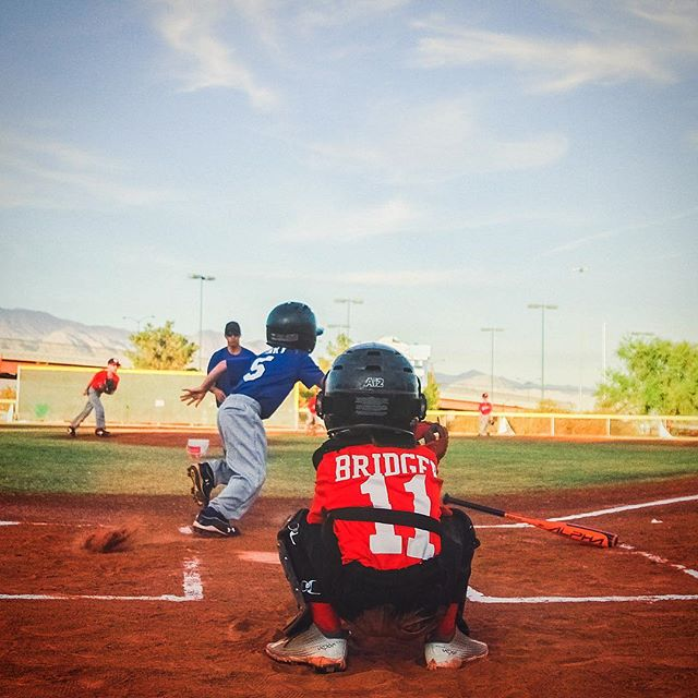 Batter up! Play ball! Feel like a big league player with the right brand, right fit and styles from Brooks Shoes for Kids in Santa Monica. #saturday #baseball #batterup #play #ball Photo by Neonbrand