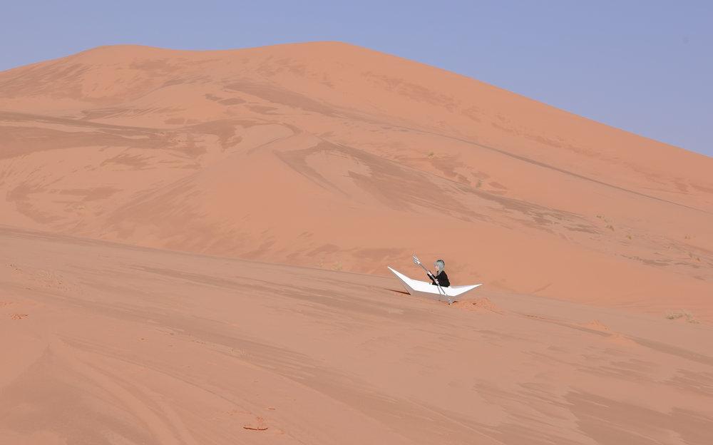 Yili Liu-rowing in the Sahara.jpg