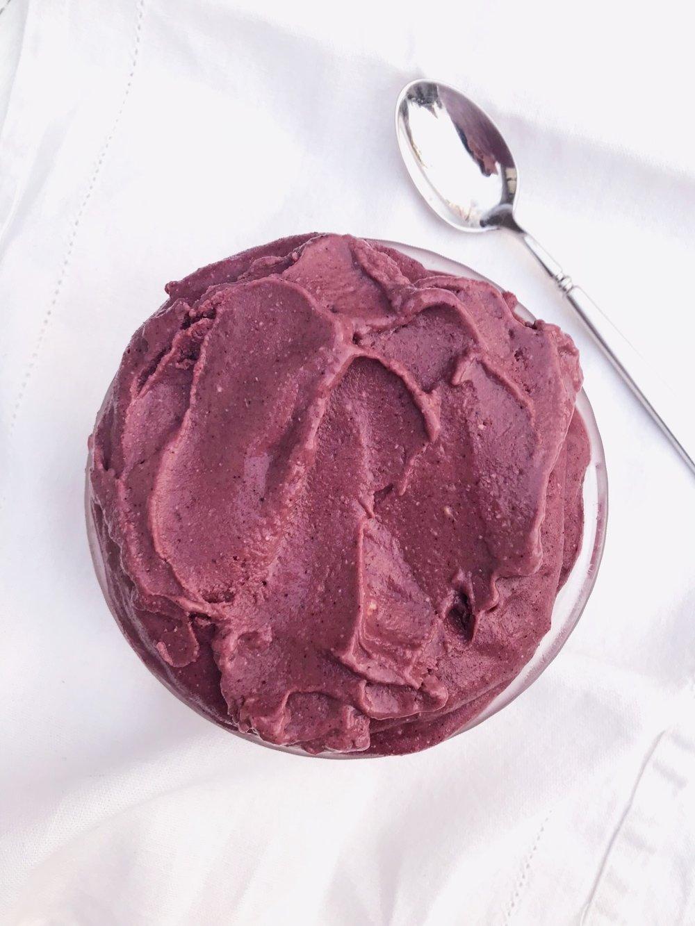 line & lee breakfast ice cream