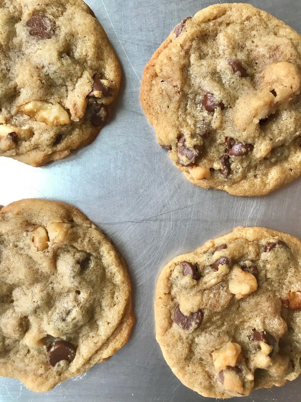 line & lee chocolate chip cookies