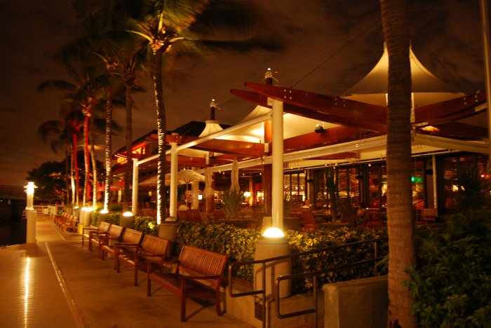 Houston's Restaurant - Pompano Beach, FL