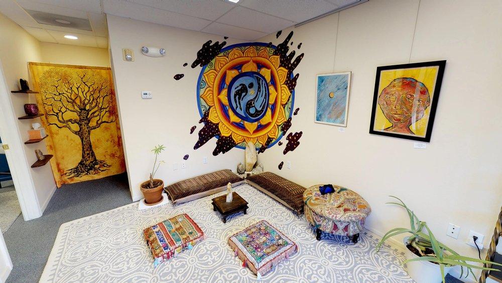 Nv7cgjSHSPG - Meditation Room.jpg