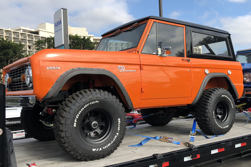 Ford-Bronco-Orange.jpg