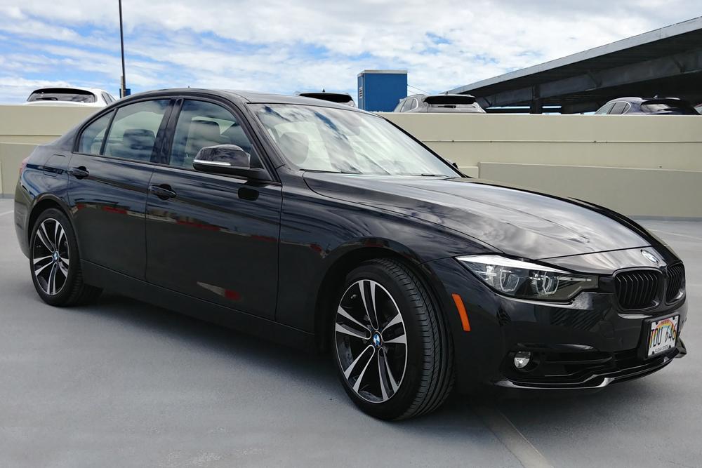 BMW BLACK 3 SERIES HAWAII.jpg