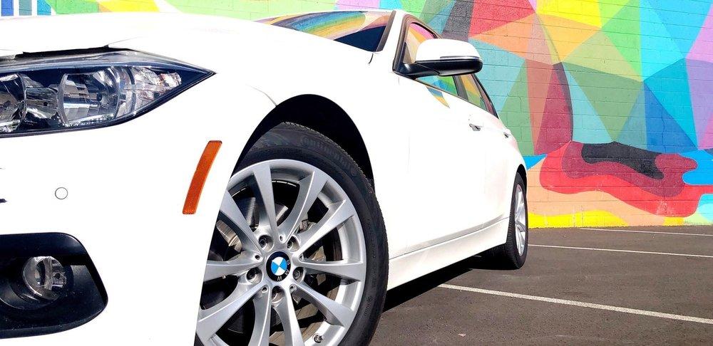BMW 3 SERIES 320i.jpg