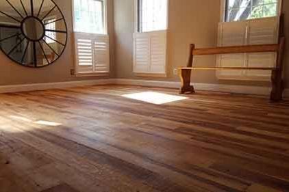 hickory-hardwood-flooring-500px.jpg
