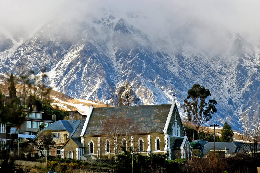 town-under-the-mountains-in-winter.jpg