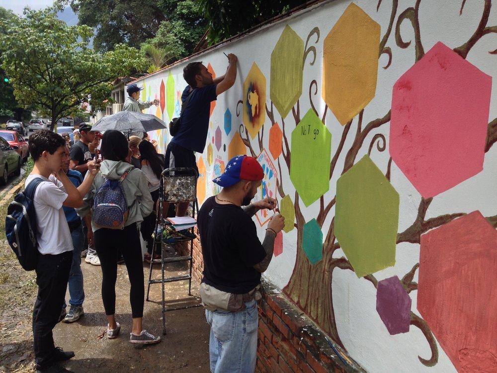 Comunidad de El Cafetal ya tiene su mural del futuro (El Nacional)