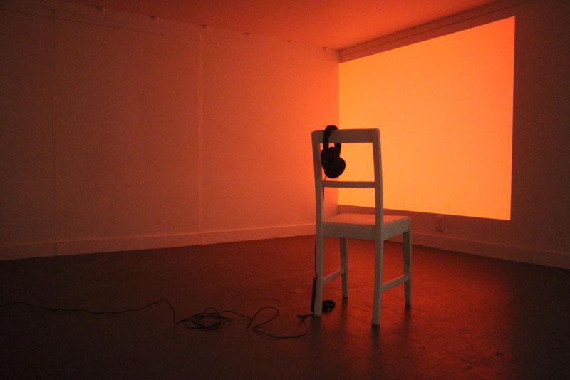 orange_chair.jpg