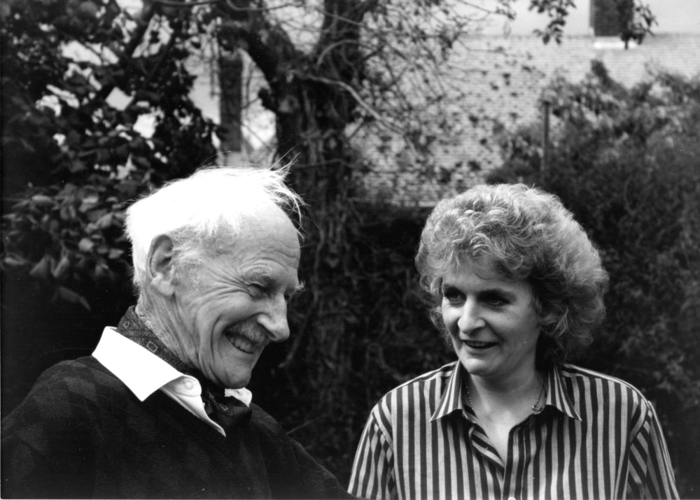Harry Hambling and daughter Maggi Hambling in Harry's garden, Hadleigh, Suffolk, 1980s -