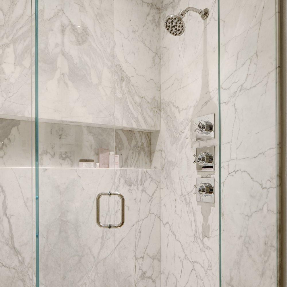 Portrait+Magazine+Michelle+Dirkse+Bathroom