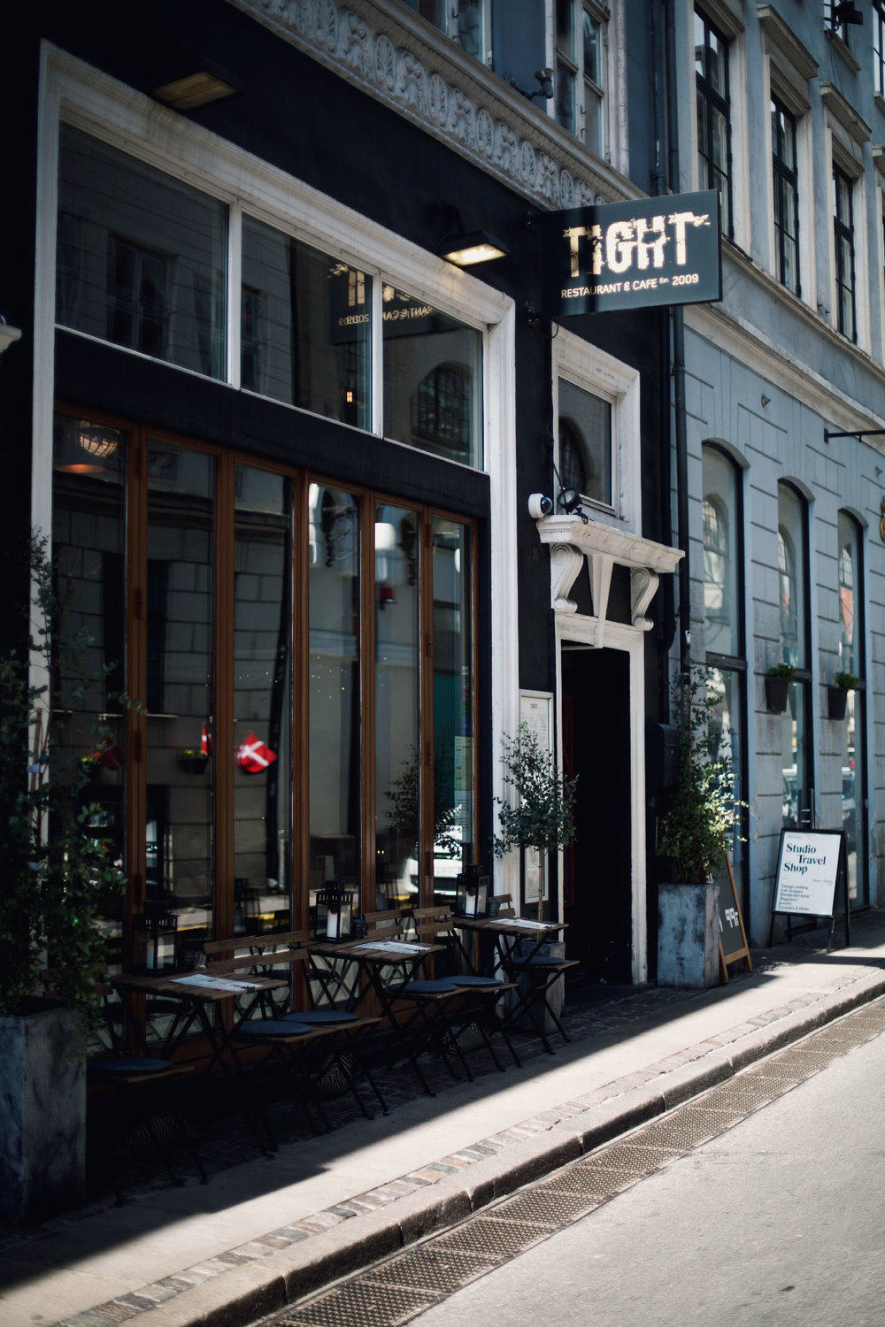 CAFE-TIGHT_-30.jpg