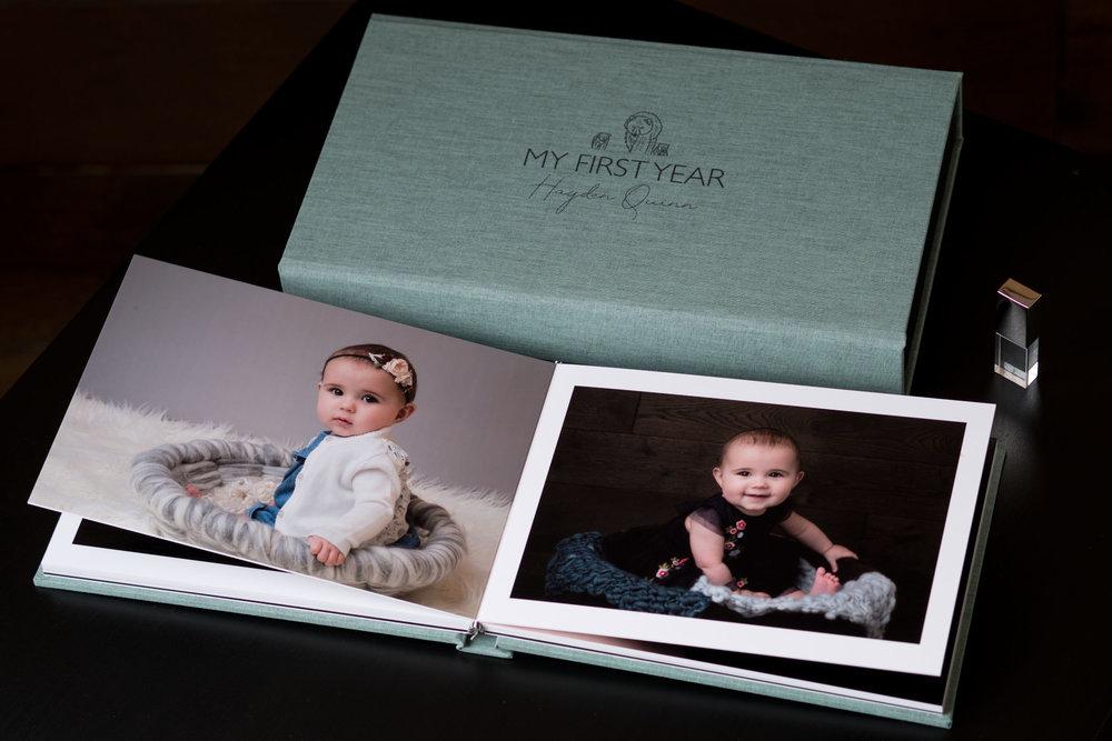 Newborn-Photography-Lincoln-A5-Album-and-USB-Set-004.jpg