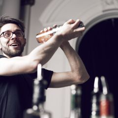 richard maxted - world's worst cocktail - Richard Maxted, mixologist and proprietor of bespoke cocktail purveyors Mix & Muddle, joins us to help us separate our highballs from our Long Island Ice Teas as we search for the worst alcoholic concoctions in history.We discover the answer to the question 'Who is Tom Collins?', learn the dirty secrets of the dirty martini and marvel at humankind's ingenuity for drinking literally ANYTHING when push comes to shove.Photo from The Dots