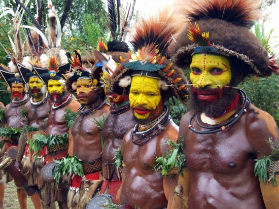Local culture in PNG. © Vincent Ross