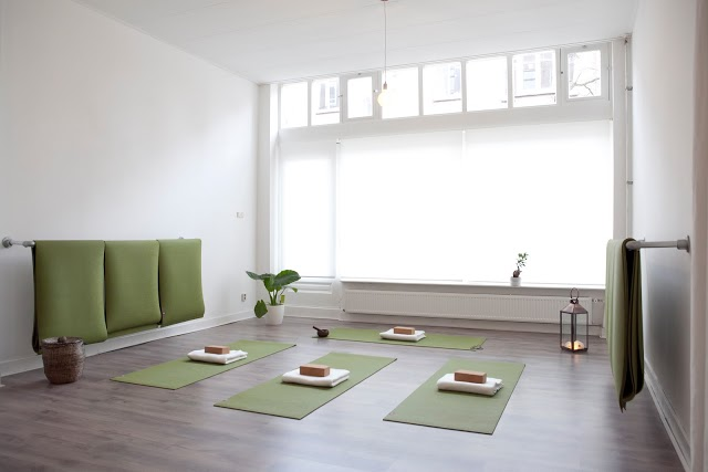 Tula Yoga.