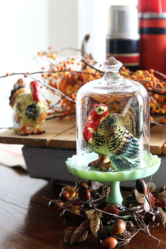Cloches - If you're missing a little something to amp up your décor game, vintage cloches are the perfect addition. They come in all shapes and sizes, and make your vignettes feel a little more complete.